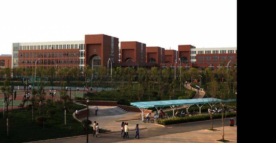 http://www.abcstudylinks.com/gallery/university/kuming_medical_university/large/university_kuming_medical_university_kuming.jpeg